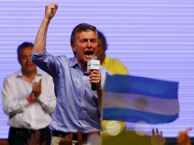 Macri attempting to transform Argentine politics
